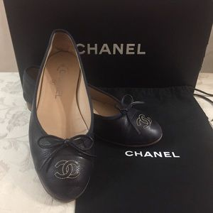 🆕 Chanel CC Iconic Leather Flats